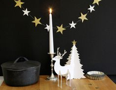 Christmas Decorations by faltmanufaktur –  reindeer, tree and star garland