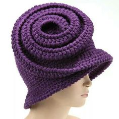 Capplè on line store Crochet Beanie, Knitted Hats, Knit Crochet, Crochet Hats, Funky Hats, Cute Hats, Freeform Crochet, Crochet Stitches, African Hats