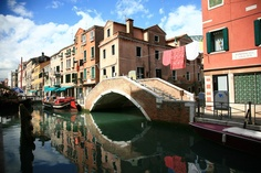 Venice...I love the way you hang your washing out.
