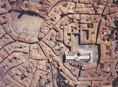 """Domus #985 novembre 2014, allegato """"Smart City"""" Siena _ Immagine tratta dall'articolo: """"La cultura dell'accessibilità"""""""