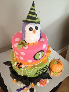 Owl Halloween 1st birthday cake