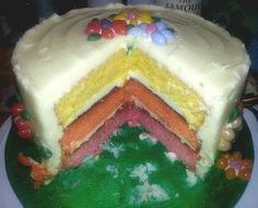 Jelly Belly Bean Cake showing  3 coloured layers