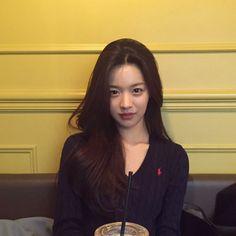 Japanese Pics, Petty Girl, Cute Instagram Pictures, Angels Beauty, Pretty Korean Girls, Girl Photography Poses, Girls Makeup, Tumblr Girls, Ulzzang Girl