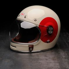 Bell Bullitt Helmet - TT red circle