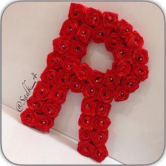 Alphabet Letters Design, Alphabet Images, Cute Letters, Fancy Letters, Picture Letters, Alphabet Wallpaper, Bear Wallpaper, Love Wallpaper, Flower Words
