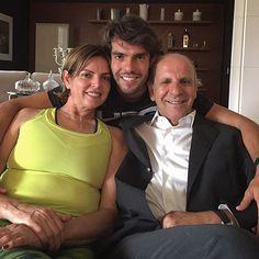 @kaka Hoje eles completam 35 anos de casado! Parabéns  Que orgulho! Amo vocês!