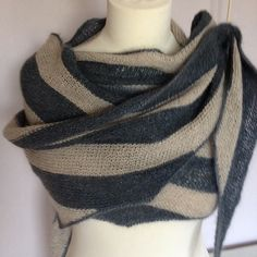 Ravelry: Project Gallery for Pebble Parallelograms pattern by Stephen West