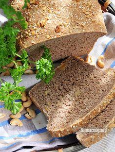Chleb żytni z orzechami