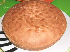 Cinco sentidos na cozinha: Pão de ló básico ( receita base para bolo de aniversário)