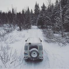 Winter Romp 2016 📷 @cutrhut . . #landrover #landroverdefender #defender #defender90 #defender110 #defender130 #winter #winterromp #maine #me #offroad #adventure #explore #nature #camping #overland #expedition #woods #forest #trails #drone #dronestagram #series #series1 #series2 #series2a #series3 #lightweight #landroverseries