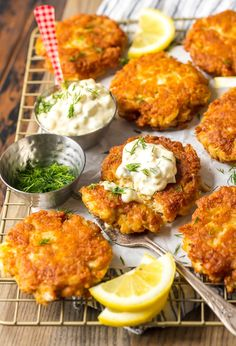 This crab cake recipe is so simple and tasty! I love fresh, crispy crab cakes, and these Baltimore Crab Cakes are really hitting the spot. Crab Cakes Recipe Best, Crab Cake Recipes, Fish Recipes, Baby Food Recipes, Seafood Recipes, Cooking Recipes, Brunch Recipes, Baltimore Crab Cakes
