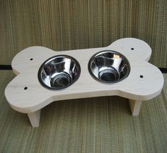 Great idea for bowls for the kennel!