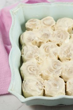 Copycat 1 Hour Cinnabon Cinnamon Rolls smothered in cream cheese frosting are the perfect recipe for an easy Easter morning brunch, Christmas morning breakfast, or any weekend you make an extra special and easy breakfast for the family. They taste just like Cinnabon bakery and only take one hour!