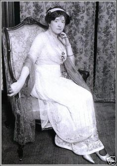 *TITANIC:   Edwardian couturière and Titanic survivor Lady Duff Gordon, aka Lucile, c. 1912