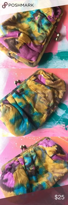 Anthropologie clutch Rad little cotton ikat inspired clutch by Stephanie Johnson. I purchased this years ago at Anthropologie. It is in perfect condition. Stephanie Johnson Bags Clutches & Wristlets