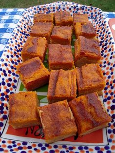 Pumpkin Pie Snickerdoodle Bars.They are super easy to make.These Bars would be perfect for Thanksgiving and Christmas. Recipe onto http://www.plainchicken.com/2009/10/pumpkin-pie-snickerdoodle-bars.html