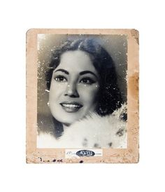 Mahjabeen (Meena Kumari's real name) was born at a Mumbai chawl in a family that initially abandoned her unable to pay the doctor's fee. Image Source: Procured via Google Search. itimes.com