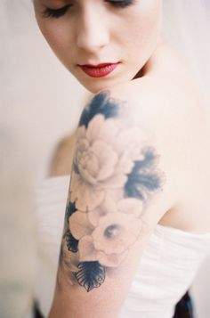 Vintage flower #tattoo - Click image to find more tattoos Pinterest pins