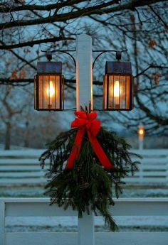 You can also try these outdoor Christmas decorations at home. Be sure to check out our gallery full of these Christmas decoration images and get mesmerized. Christmas Lanterns, Noel Christmas, Merry Little Christmas, Primitive Christmas, Outdoor Christmas Decorations, Country Christmas, All Things Christmas, Winter Christmas, Christmas Wreaths