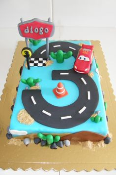 Disney Themed Cakes - Lightning McQueen Cake