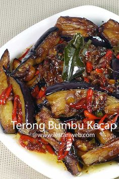 I'm sure eggplant is available almost around the globe no matter where you live :-). With a simple touch of kecap manis, eggplants could turn into delicious food :-). Sweet Soy Sauce Recipe, Recipes With Soy Sauce, Easy Cooking, Cooking Recipes, Easy Vegetable Recipes, Mie Goreng, Indonesian Cuisine, Feel Good Food, Indian Breakfast