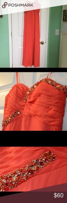 Selling this Hailey Logan by Adrianna Papell prom dress on Poshmark! My username is: jessicadf3. #shopmycloset #poshmark #fashion #shopping #style #forsale #Hailey Logan #Dresses & Skirts