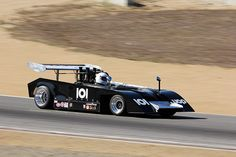 1971 Shadow MkII racing in Group Can-Am Cars) at the 2011 Rolex Monterey Motorsports Reunion. Sports Car Racing, Auto Racing, Race Cars, Vintage Auto, Vintage Race Car, Classic Auto, Classic Cars, Can Am, Formula One