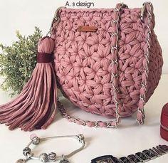 1 million+ Stunning Free Images to Use Anywhere Crochet Doily Rug, Bag Crochet, Crochet Handbags, Love Crochet, Crochet Purses, Crochet Stitches Patterns, Crochet Designs, Crochet Shoulder Bags, Crochet Backpack