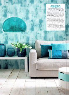 Designers Guild Marmorino wallpaper as seen in Interiores, Spain