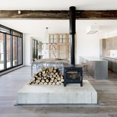 Old+ambulance+station+converted+into+holiday+home+by+Marta+Nowicka+&+Co