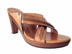 COLE HAAN LIGHT BROWN LEATHER STRAPPY HEELED WOOD SANDALS Size 8 B #ColeHaan #Sandals