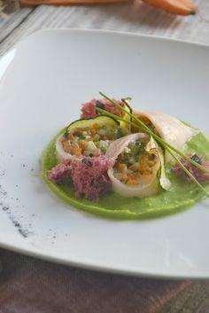 La Cucina di Stagione: Calamari con verdurine all'aglio nero e provola, s...