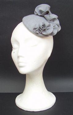 Grey felt fascinator hat / Winter fascinator / Party fascinator / Wedding fascinator / Cocktail / Races / Derby. $100.00, via Etsy.