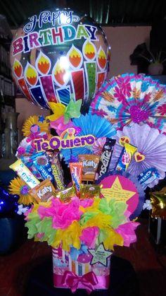 Gift Bouquet, Candy Bouquet, Balloon Bouquet, Valentine Baskets, Valentine Crafts, Valentines, Bff Birthday Gift, Birthday Parties, Creative Crafts