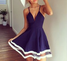 WOMEN'S SHEER V-NECK CONDOLE BELT SPLICING DRESS