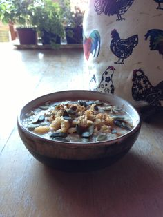 Porridge with grated apple, cinnamon and pumpkin seeds.