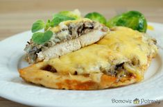 Deli Food, Spanakopita, Cheesesteak, Poultry, Food And Drink, Healthy Recipes, Meat, Chicken, Cooking