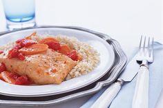 ¿Quieres incluir más pescado en tu dieta diaria? Este filete de salmón es súper sencillo de preparar aparte de ser delicioso.