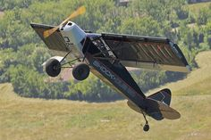 The Zlin Outback Shock takes LSA performance to a crazy new level. Plane And Pilot, Shock And Awe, Landing Gear, Tandem, Cubs, Aviation, Photo Galleries, Aircraft, Gallery