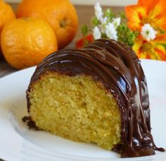 Orange Cake with Chocolate Glaze. Orange Cake with Creme Fraiche and Bittersweet Chocolate Glaze - a perfect easy easy dessert for Father's Day. Chocolate Glaze Recipes, Chocolate Drizzle, Cake Recipes, Dessert Recipes, Great Recipes, Favorite Recipes, Greek Sweets, Round Cakes, Easy Desserts