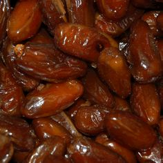 A delicious date containing no pits. Ideal for baking and great just to pop in your mouth.