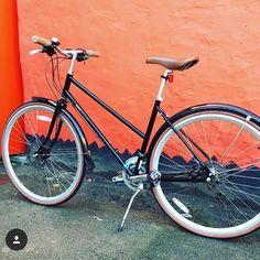 Bobbin Black Orchid - commuting bike