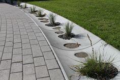 Vandrender i beton fra Aarhus Cementvarefabrik Aarhus, Sidewalk, Side Walkway, Walkway, Walkways, Pavement
