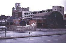 Stillgelegter U-Bhf Warschauer Straße, NARVA Hochhaus 1992