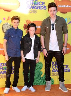Kids' Choice: Other celebrities expected at the Nickelodeon-sponsored event included Nick ...