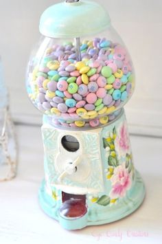 pastel m's into our candy dispenser. Inspiration (See How She makes over Vintage Gumball Machines into these lovelies) :) Candy Dispenser, Pastel Decor, Pastel Colors, Pastel Palette, Soft Pastels, Pastel Home, Chalk Pastels, Mint Chocolate Candy, Eye Candy