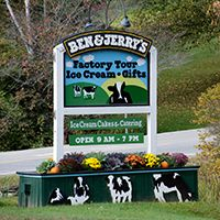 To help plan a trip to Ben & Jerry's, here are fun summer activities for a tourist to check out within a ten-mile drive of their Waterbury, Vermont factory. Waterbury Vermont, Stowe Vermont, Ben Und Jerry, Ice Cream Factory, Things To Do, Stuff To Do, Fun Summer Activities, Ben And Jerrys Ice Cream, Covered Bridges