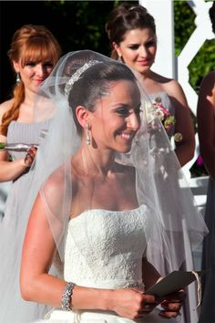 Lovella Bride Tatevik Channeled a Princess in Custom Edgardo Bonilla