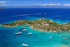 The #Hinitsa_island, the #Saronic Gulf ! #YachtcharterGriechenland #YachtcharterSaronischerGolf