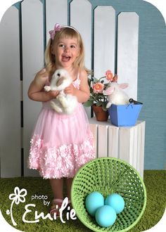 photo shoot w/live bunnies! are you kidding me?! from photo by emilie